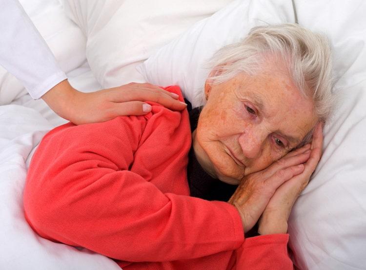 Проблемы домашнего ухода за лежачими больными